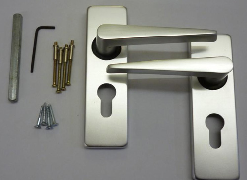 HE0007 Sigma Euro Lever Handle 48mm