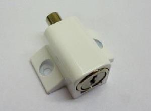 SL0601 8008 Push Lock White